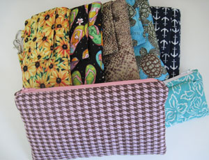 Wristlets and clutches coming to sibstudiosewing at Etsy