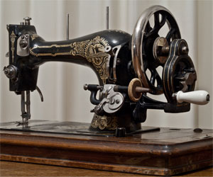 Hand cranked sewing machine